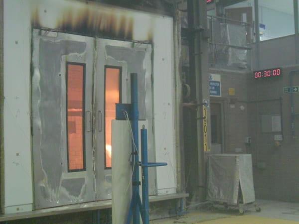 Khám phá cửa thép chống cháy 90 phút