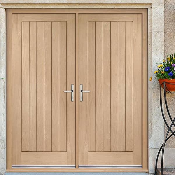 Mẫu cửa thép vân gỗ 2 cánh đẹp cho ngôi nhà
