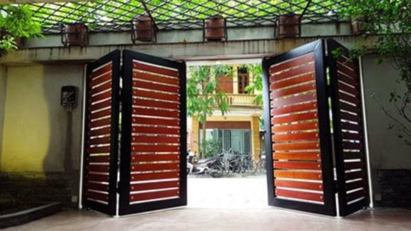 Những mẫu cửa cổng bằng cửa sắt 4 cánh đẹp